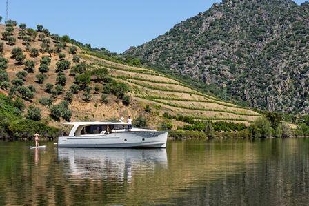 Alquiler-barcos-velero-catamaran-Portugal-Rio-Rouro-Duero-vacaciones