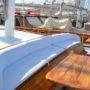 Yaselam forward seating area