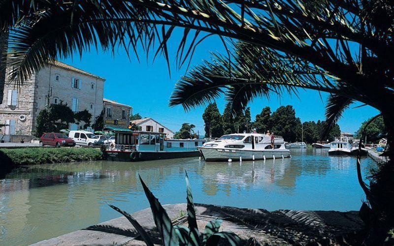 Alquiler-barcos-fluviales-turismo-fluvial-canales-francia-Midi