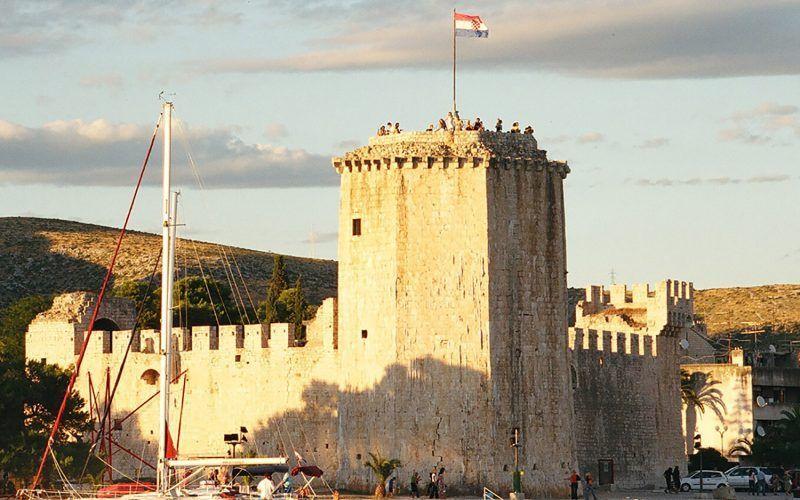 croacia-castillo_8252217394_o