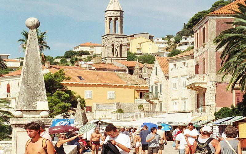 Croacia-Hvar-Alquiler-Goleta-barcos-yate-motor-velero-turismo-Mediterraneo