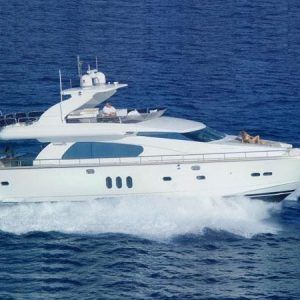 Alquiler-barcos-motor-yates-lujo
