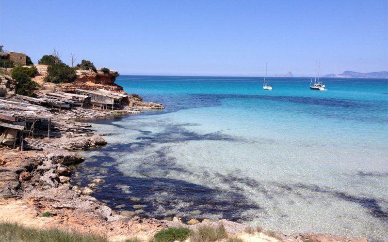 Alquiler-Barcos-Ibiza-veleros-vacaciones-Baleares-mediterraneo-Formentera