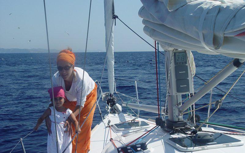 Alquiler-Barcos-Ibiza-veleros-vacaciones-Baleares-mediterraneo