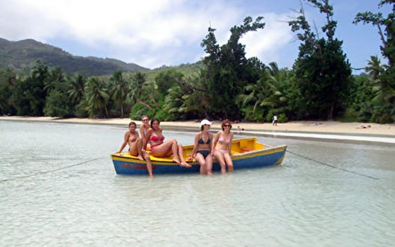 seychelles-mahe-chicas_8291965172_o