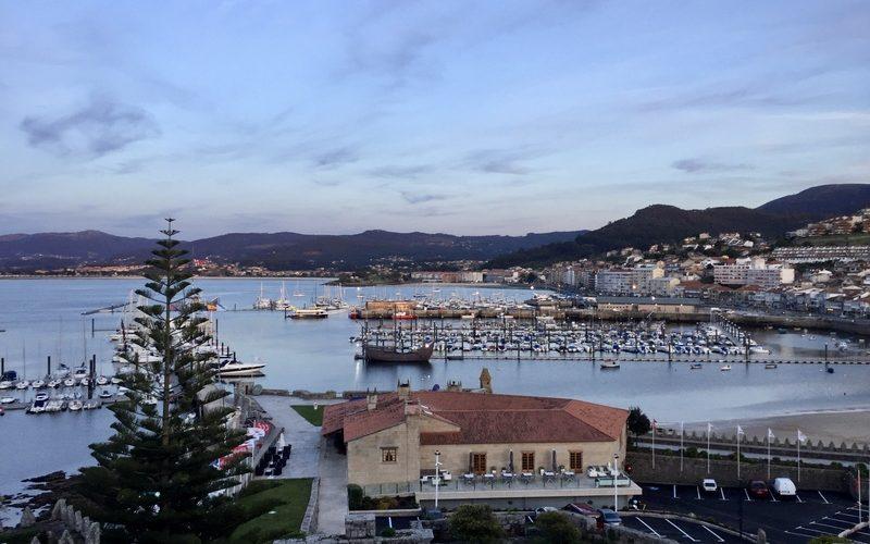 Alquiler-barco-velero-catamaran-España-Galicia