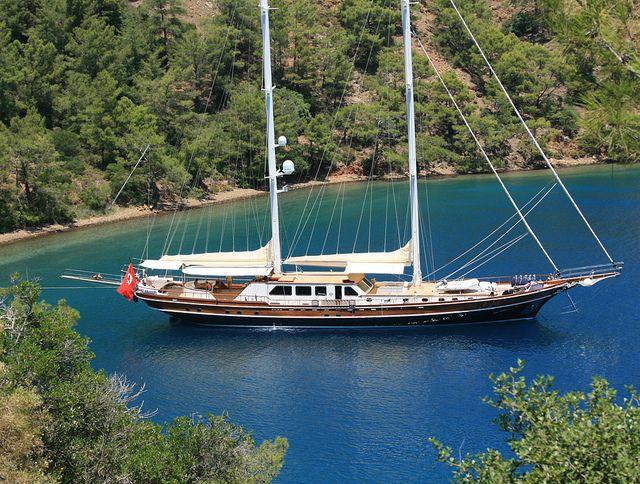 Alquiler-Turquia-Bodrum-barcos-vacaciones-crucero-navegar-goleta-velero-catamaran