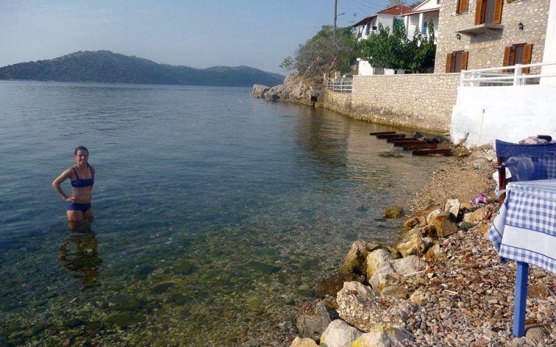 Alquiler-barcos-Grecia-Samos-vacaciones-velero-catamaran-yate-motor