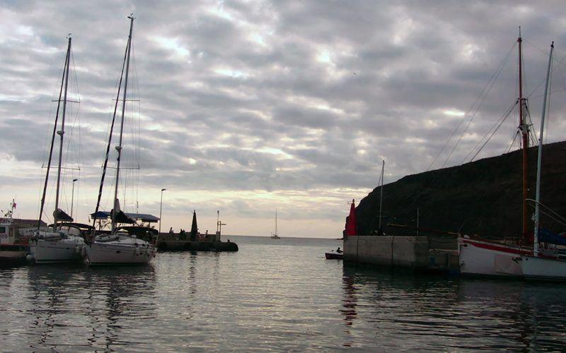 Alquiler-barcos-veleros-catamaranes-vacaciones-navegar-Canarias-España-Gran-Canaria