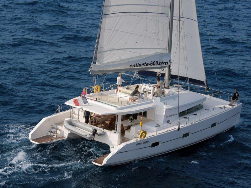 catamaran-cuba_8485392818_o