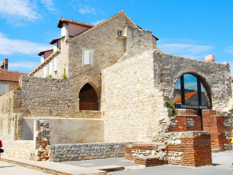 Croacia-Alquiler-Goleta-barcos-yate-motor-velero-turismo-Mediterraneo