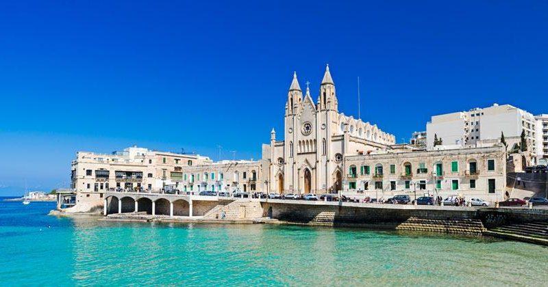 vacaciones-velero-barco-malta-mediterraneo-alquiler