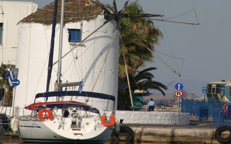 Alquiler-Grecia-Atenas-velero-vacaciones-diversion-catamaran