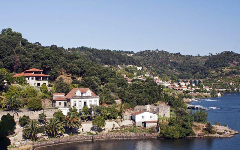 Alquiler-barcos-velero-navegar-crucero-fluvial-vacaciones-Portugal