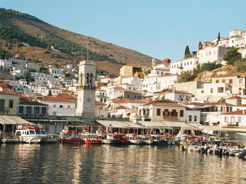 Alquiler-barco-yate-motor-velero-catamaran-turismo-vacaciones