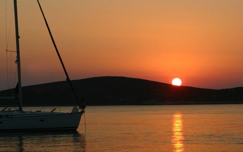 Alquiler-Grecia-Samos-Barcos-veleros-vacaciones-mediterraneo