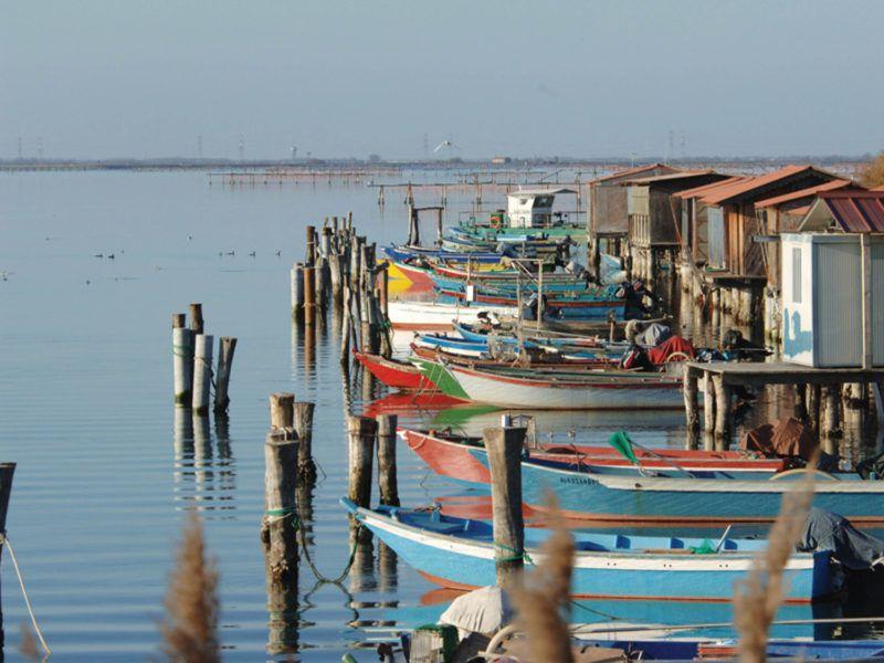 Alquiler-barco-yate-motor-velero-catamaran-turismo-vacaciones-Italia
