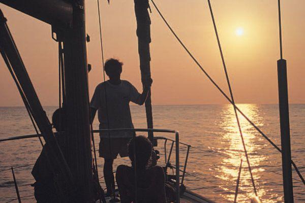 vacaciones-navegar-sicilia-velero-barco