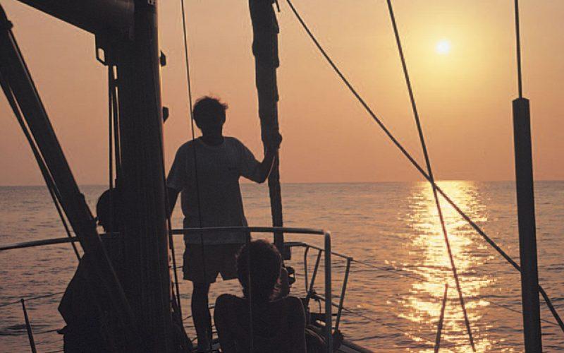 Alquiler-Goleta-barcos-yate-motor-velero-turismo-Italia-Eolicas-Mediterraneo