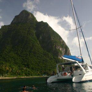 Alquiler barco Santa Lucía