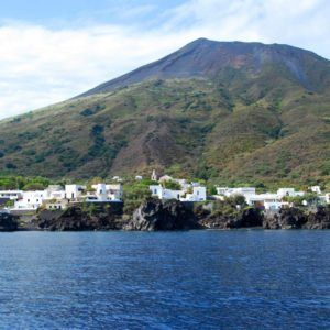 Alquiler barco Islas Eolicas