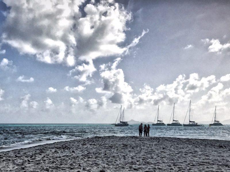 alquiler-catamaran-Caribe-vacaciones-viaje