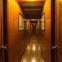 Bibi Aysegul corridor
