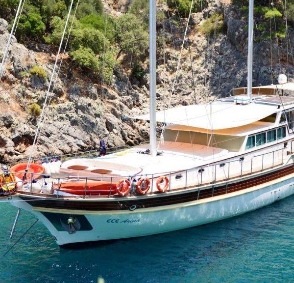 Alquiler-Goleta-Grecia-goletas-vacaciones