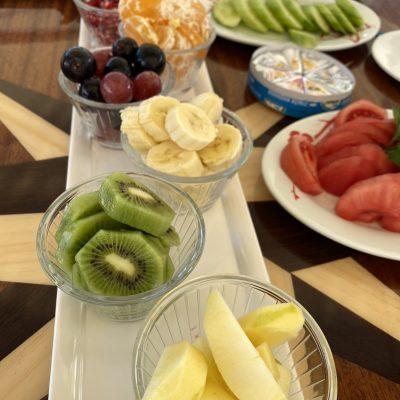 desayuno-goleta-Turquia-fruta-pelada