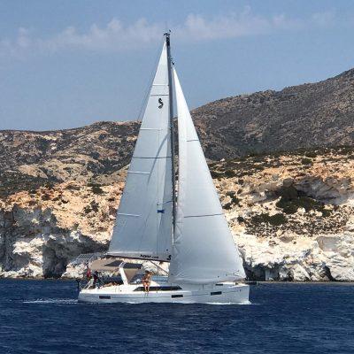 Alquiler-barcos-Grecia-velero-catamaran-vacacioines