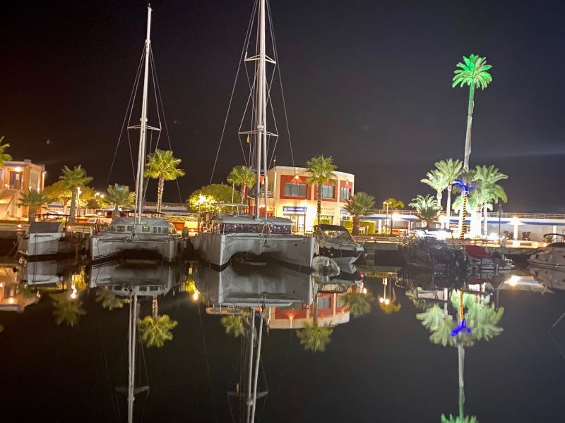 Alquiler-velero-Denia-veleros-navegación-romantico-vacaciones-plan-fin-de-semana