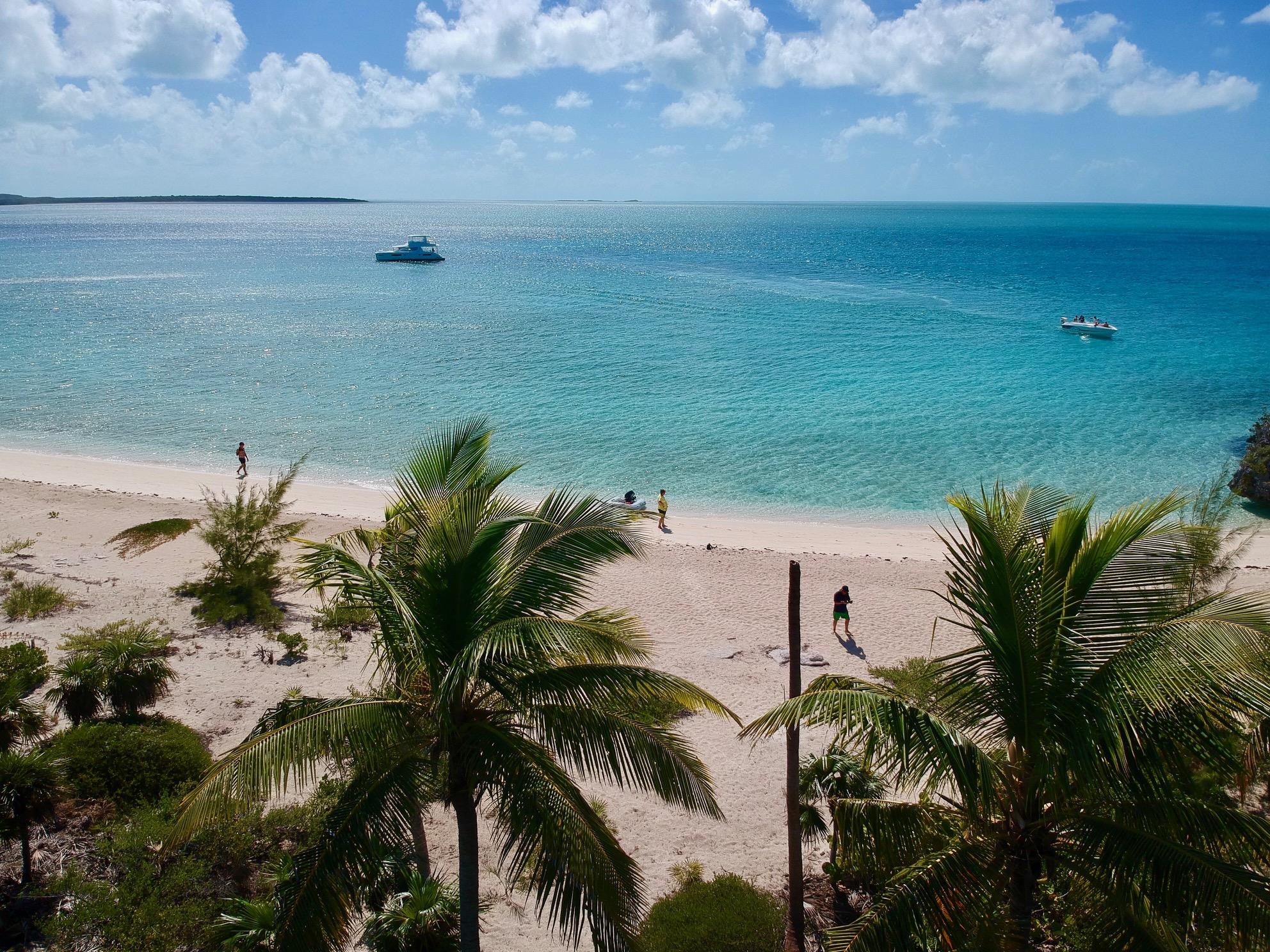 Alquiler-barco-Caribe-yate-motor-velero-catamaran-turismo-vacaciones-Bahamas