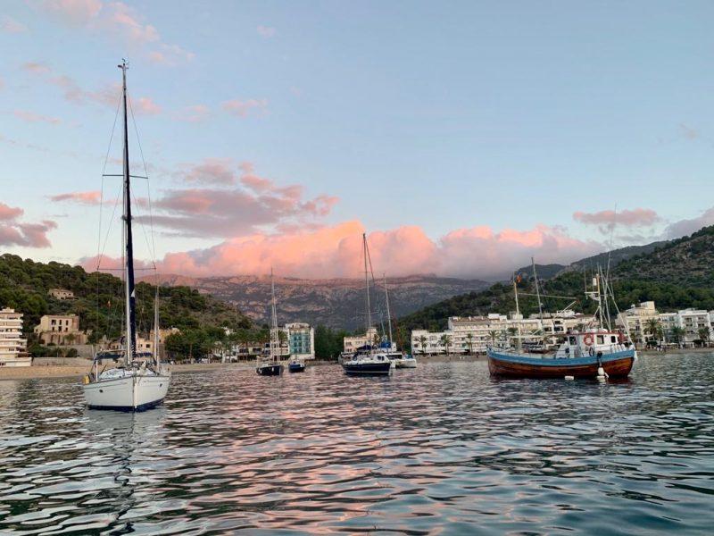 Alquiler-Barcos-Mallorca-veleros-flotilla-vacaciones-Baleares-mediterraneo
