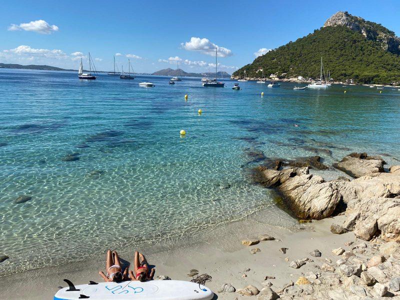 Alquiler-catamaran-Barcos-Mallorca-veleros-vacaciones-Baleares-mediterraneo