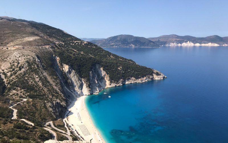 Alquiler-barcos-Veleros-Catamaran-Grecia-Corfu-vacaciones-mediterraneo
